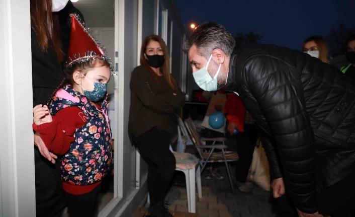 Konteyner kentteki çocuklara yeni yıl sürprizi