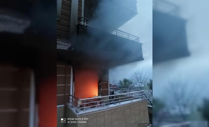 Ateş savaşçıları Akçay'da kendilerini ateşe attılar