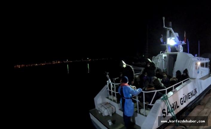 Ayvalık'ta 34 göçmen kurtarıldı