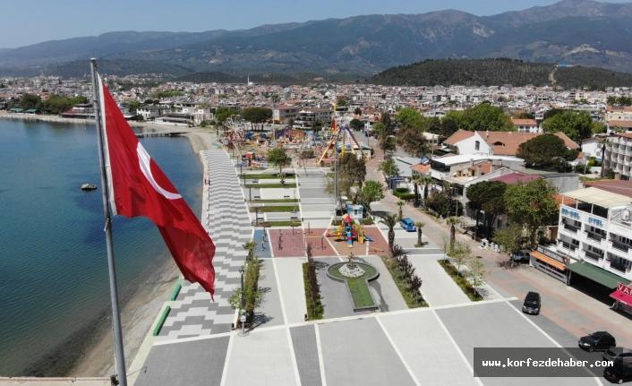 EDREMİT'TE 'VEFA SOSYAL DESTEK GRUPLARI' VATANDAŞLARIN EN BÜYÜK DESTEKÇİSİ