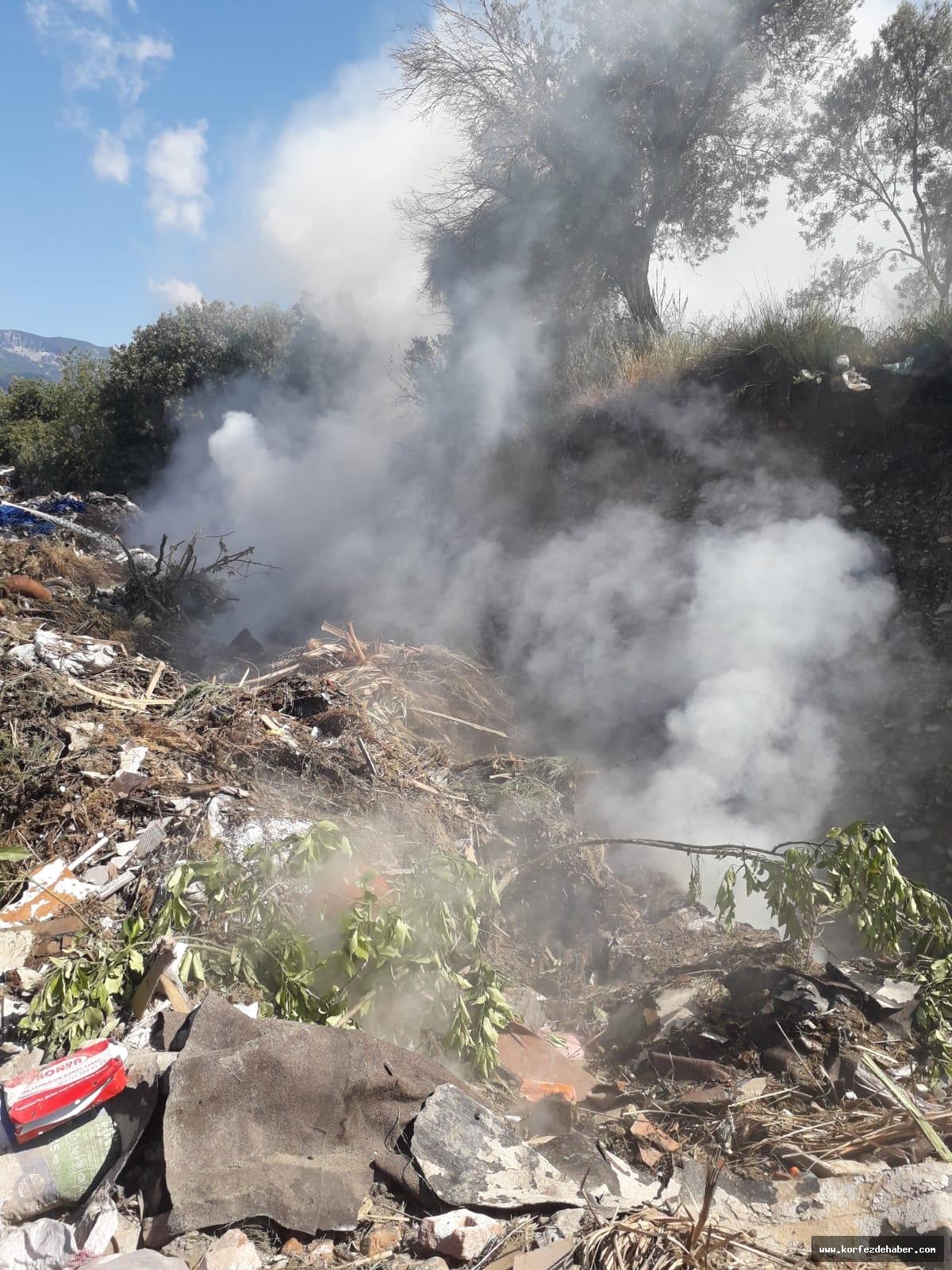 Son Dakika: Edremit Dallas çöplüğünde yangın çıktı