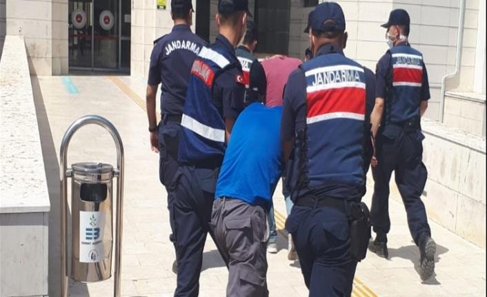 Körfez ilçelerinde uyuşturucu satıcıları kıskıvrak yakalandı
