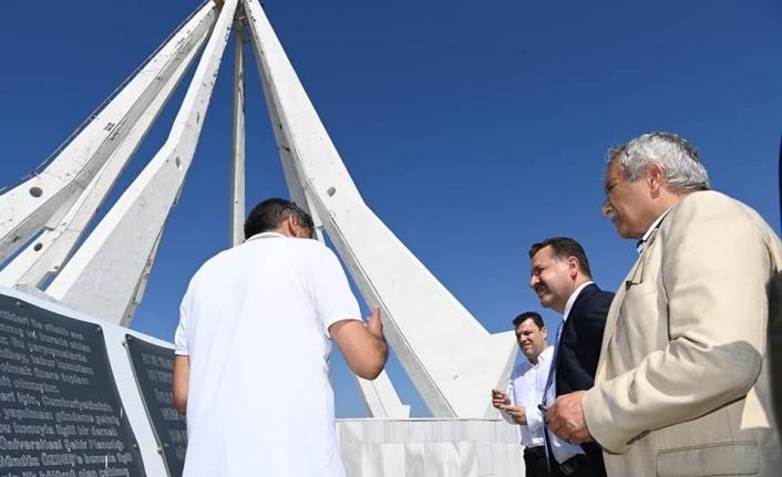 Başkan Yılmaz, Son Kurşun Anıtı'nı ziyaret etti