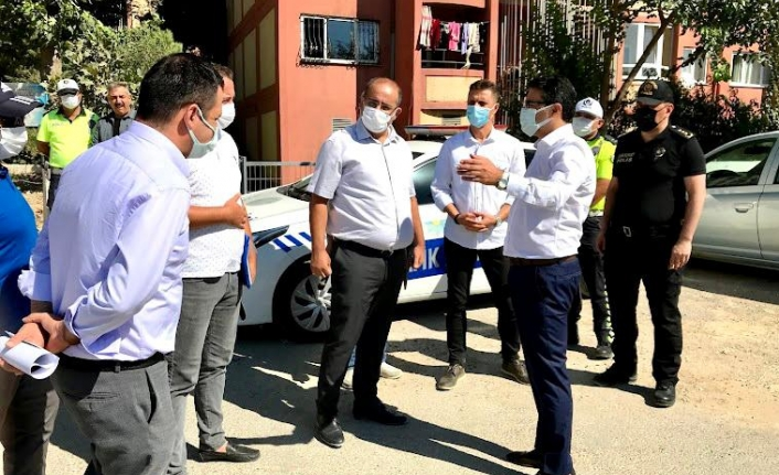 Kaymakam Ünsal, TOKİ kavşağında incelemelerde bulundu.