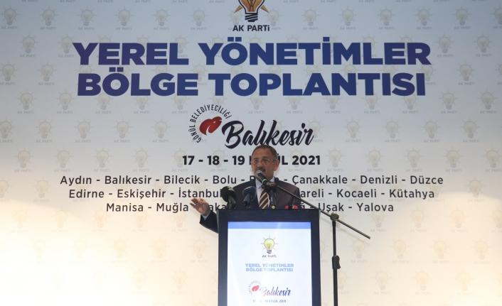 """AK Parti Genel Başkan Yardımcısı Özhaseki: """"Millete hizmet edenlerinn Rabbim ayaklarına taş değdirmesin"""""""