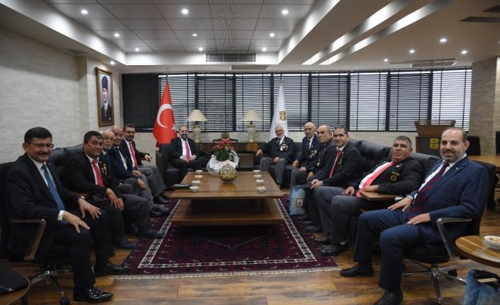 Gazilerimiz Balıkesir Büyükşehir Belediyesi'ni ziyaret ettiler