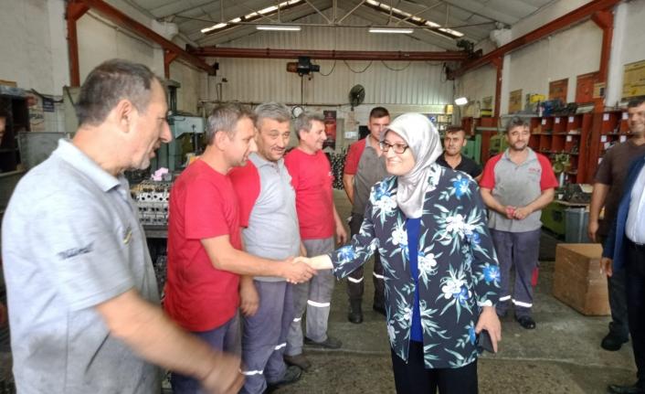 Uygur, sanayi esnafı ile bir araya geldi