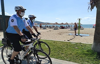 Bisikletli polisler