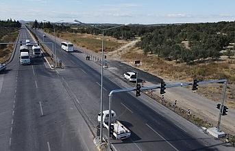 Altınova'da kazalar yaşanmaması için sinyalizasyon sistemi konuldu