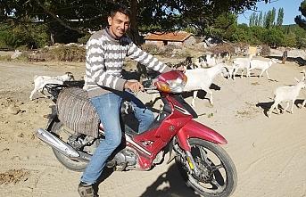 Bu da motosikletli çoban