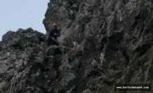 itfaiyenin Nasreddin Hoca misali keçi kurtarma operasyonu