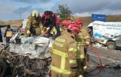 Balıkesir'de korkunç kaza: 2 ölü
