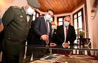Atatürk fotoğrafları sergilendi