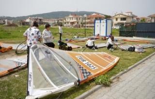 Ayvalık'lı windsurfcüler milli takım yolunda