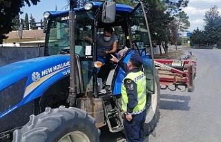 Jandarma'dan Motosiklet ve Traktör Denetimi