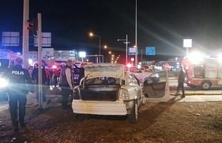 Susurluk'ta kaza ucuz atlatıldı: 3 yaralı