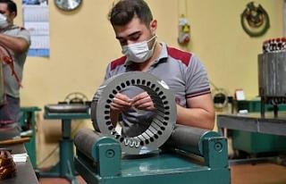 Vali Şıldak, İŞBİR Elektrik Fabrikası'nda...
