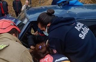 Erdek'te kazada itfaiye ekipleri büyük uğraşla...