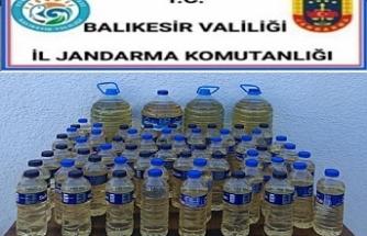 Jandarma 110 litre kaçak içki ele geçirdi