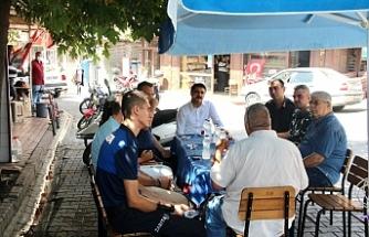 Ünsal, ilçenin en büyük mahallerinde vatandaşla buluştu