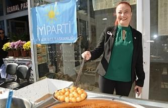 Ayvalık'ta İYİ Parti 4. yaşını lokma hayrı ile kutladı