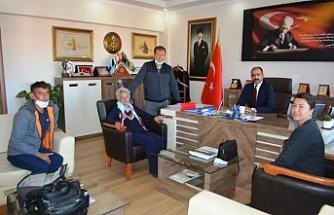 Cumhuriyet Başsavcısı Necati Kayaközü'nü makamında ziyaret ettiler