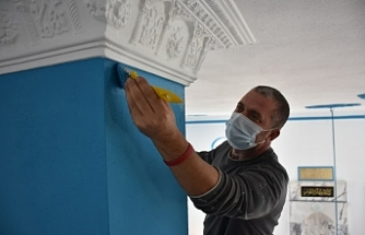 Edremit Belediyesi Camiilere Bakım Yapıyor